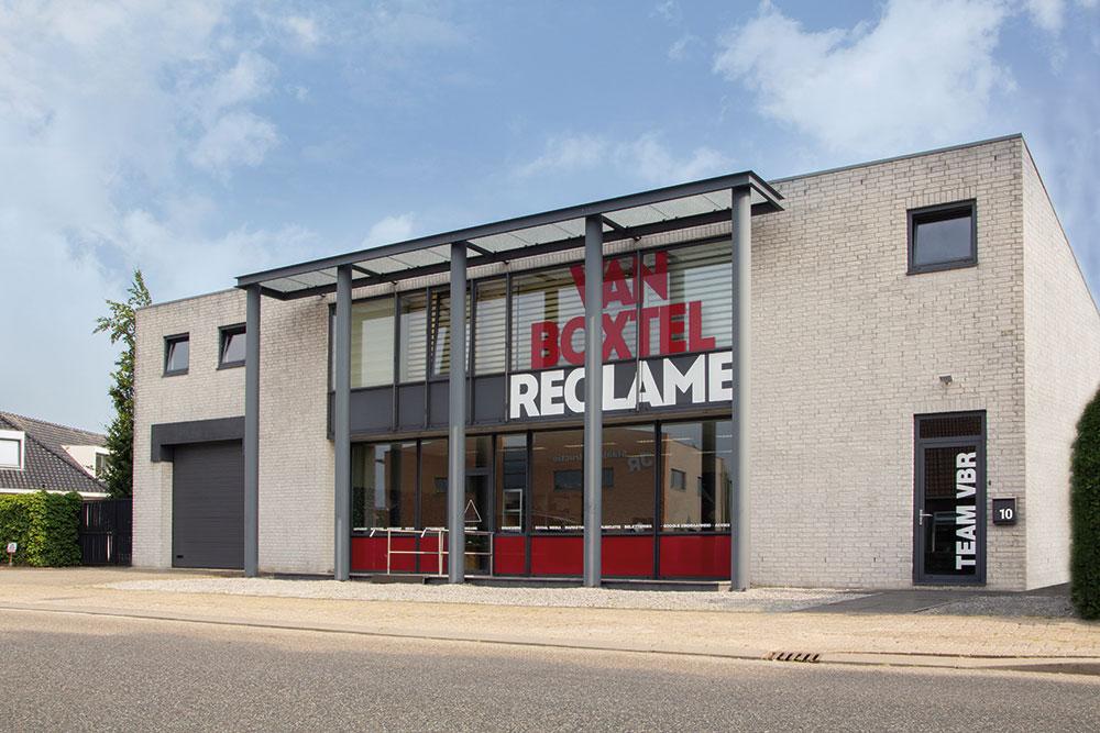 Pandbelettering Van Boxtel Reclame